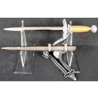 Outstanding 2nd Model Luftwaffe Dagger