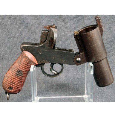 Japanese Type 10 Signal Pistol - Excellent