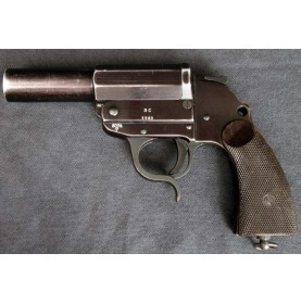 German WWII Flare Pistol by Walther
